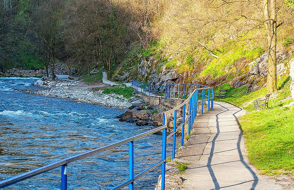 Djetinja River